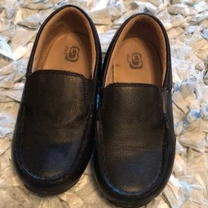 Boys black loafers!